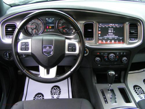dodge-charger-2011[8]