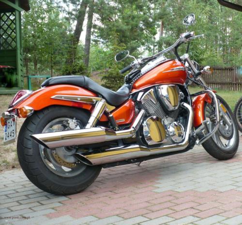 honda-vtx-1300c-2006[5]