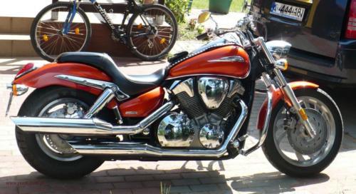 honda-vtx-1300c-2006