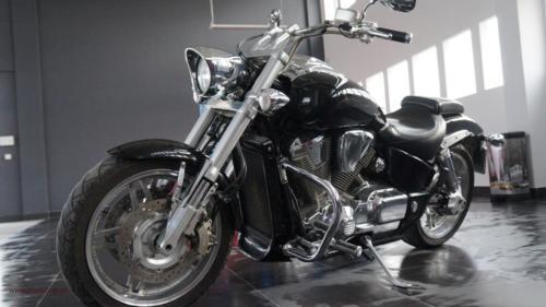 honda-vtx-1800-f-2005