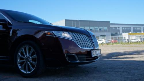 lincoln-mkt-2010-awd-ecoboost[4]